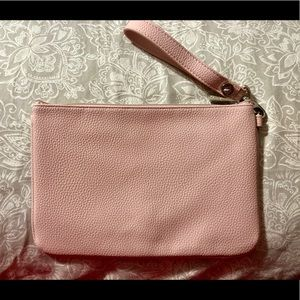NWOT! Thirty-One Pink Pebbled Wristlet Pouch